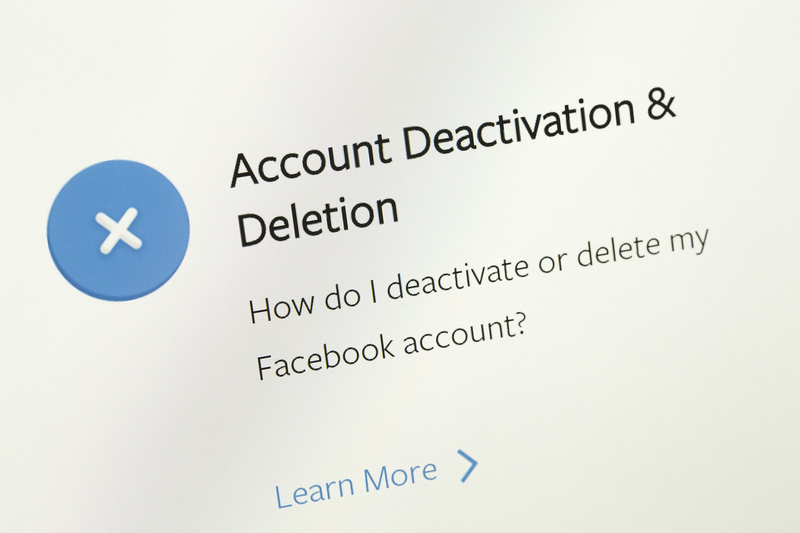 FAQ area about desactivation or deletion facebook account